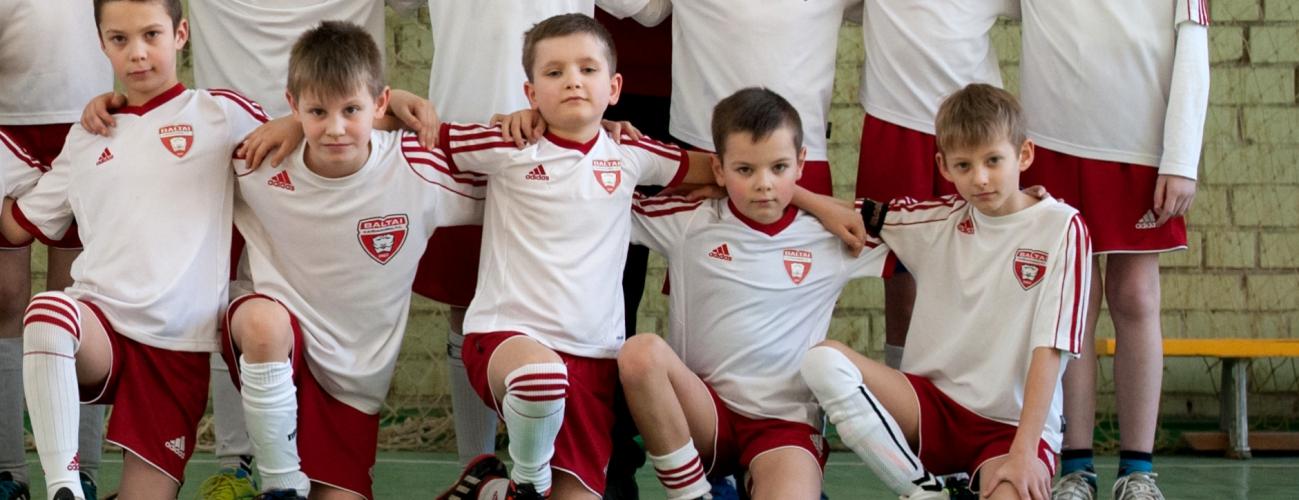 ELEKTRĖNUOSE 2007 M.G. BERNIUKAI LAIMĖJO, 2009 M.G. SUŽAIDĖ LYGIOSIOMIS